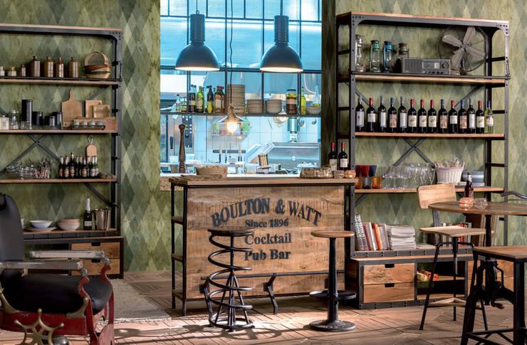 Bancone e librerie linea Boulton: Soggiorno in stile  di nuovimondi di Flli Unia snc
