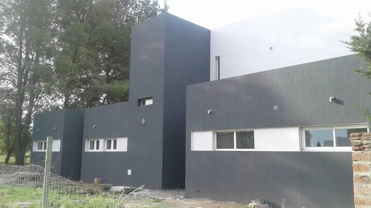 Obra:  de estilo  por LT/Arquitectura
