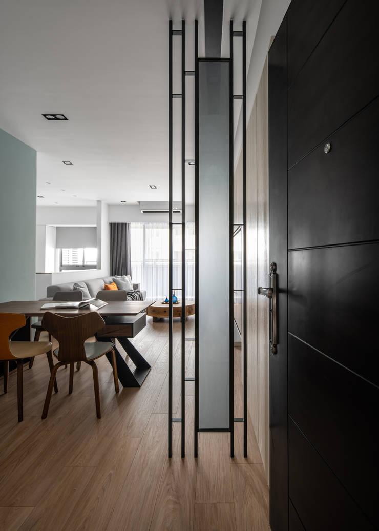 築川設計:  tarz Koridor ve Hol,