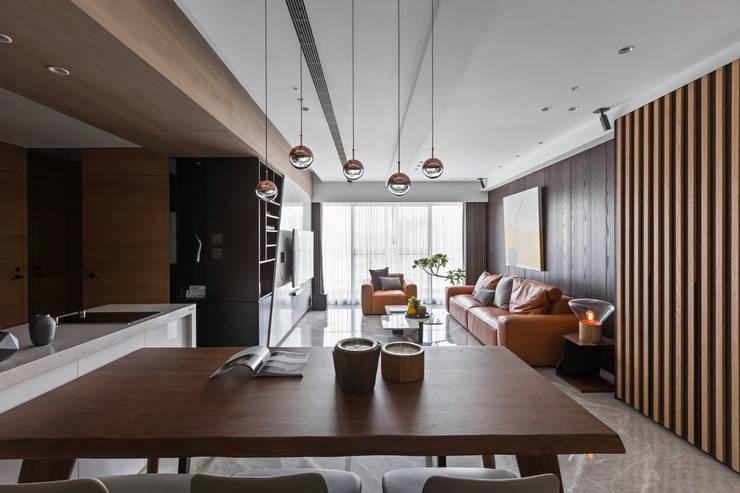 線.構:  餐廳 by 築川設計