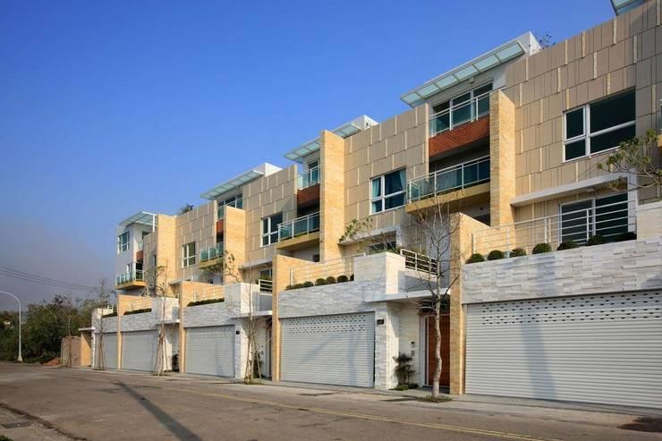 Casas de estilo  por 大桓設計顧問有限公司, Moderno Mármol