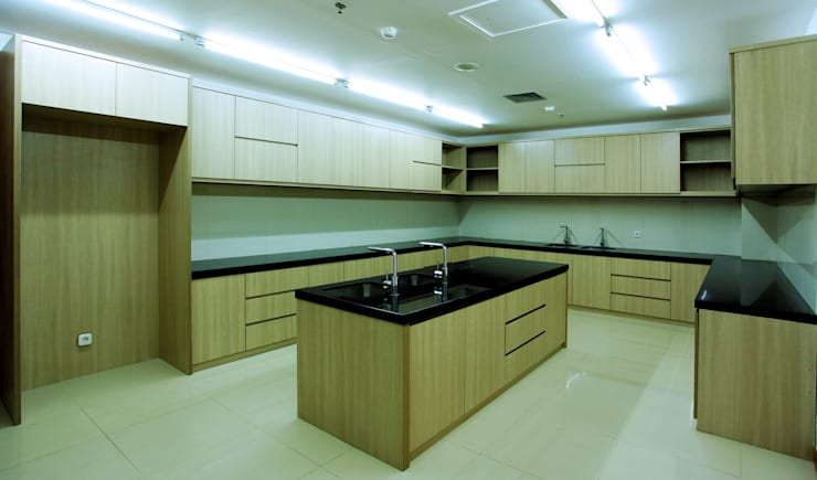 BPH MIGAS :  Kitchen by PT Graha Vilato Kreasindo