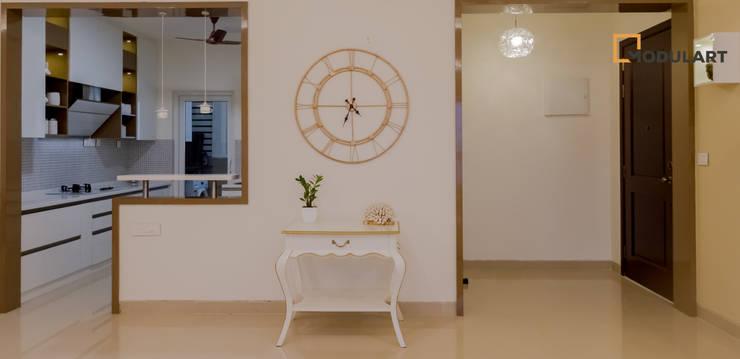 Pasillos y recibidores de estilo  por Modulart