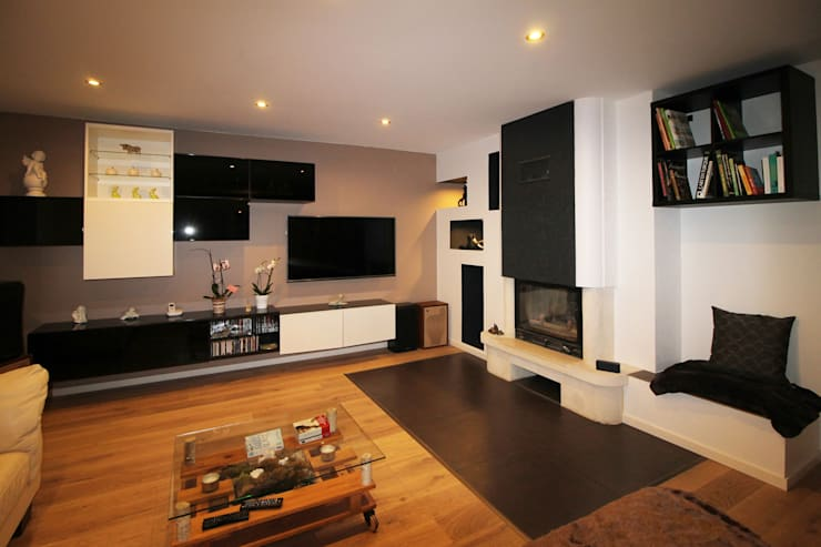 Living room by Agence ADI-HOME,