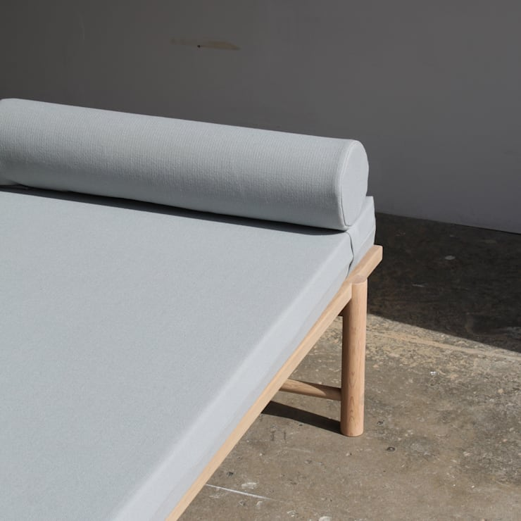 Daybench:  Living room by BACD Studio