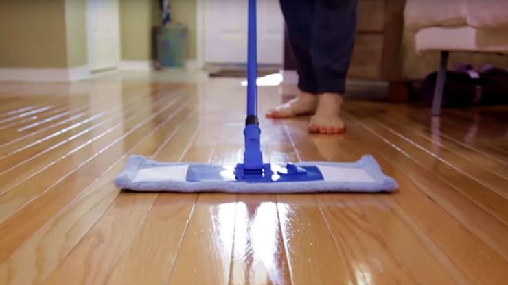 Tuyệt Chiêu 5 Trong 1 Giúp Làm Sạch Sàn Gỗ – Đơn Giản – Hiệu Quả:   by Kho Sàn Gỗ An Pha