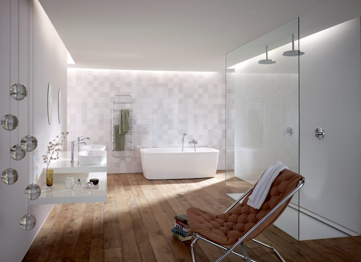 Bathroom by OXIT GmbH - Innenarchitekten in Stuttgart
