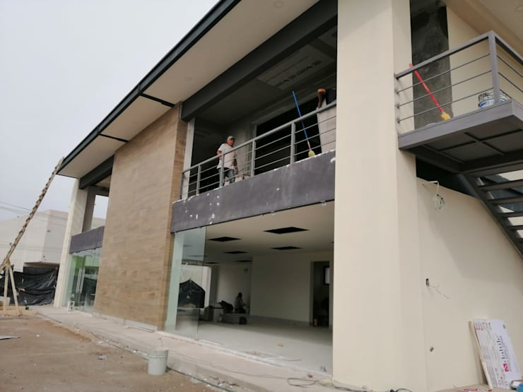 Remodelación de Plaza comercial: Casas de estilo  por VillaSi Construcciones