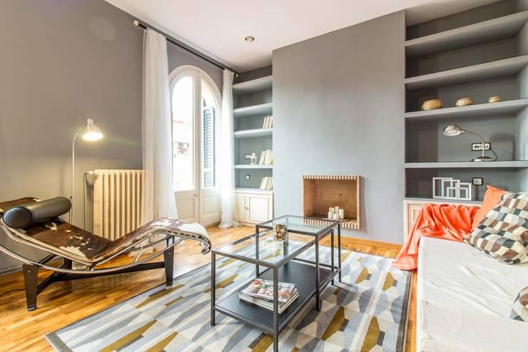 Salón: Salones de estilo  de Impuls Home Staging en Barcelona