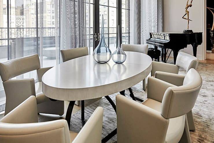 Living and Dining Room - 86th Street New York:  Dining room by Joe Ginsberg Design