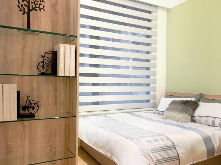簡潔清爽的北歐風臥室–Yoka 遮光斑馬簾:  窗戶與門 by MSBT 幔室布緹