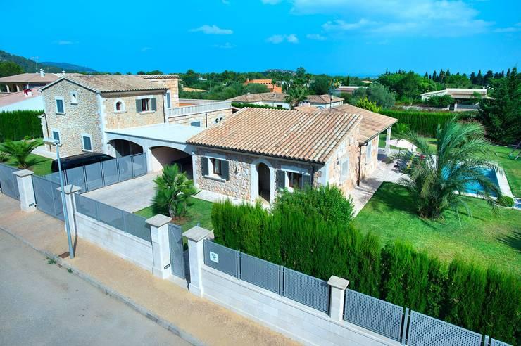 Villas by Diego Cuttone - Arquitecto