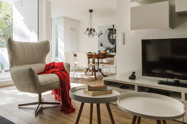 Modern living room by ARQ1to1 - Arquitectura, Interiores e Decoração Modern