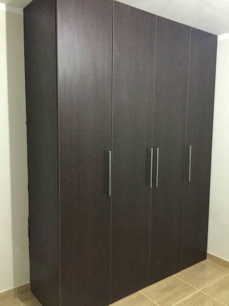 Closet 3: Closets de estilo  por ARDI Arquitectura y servicios