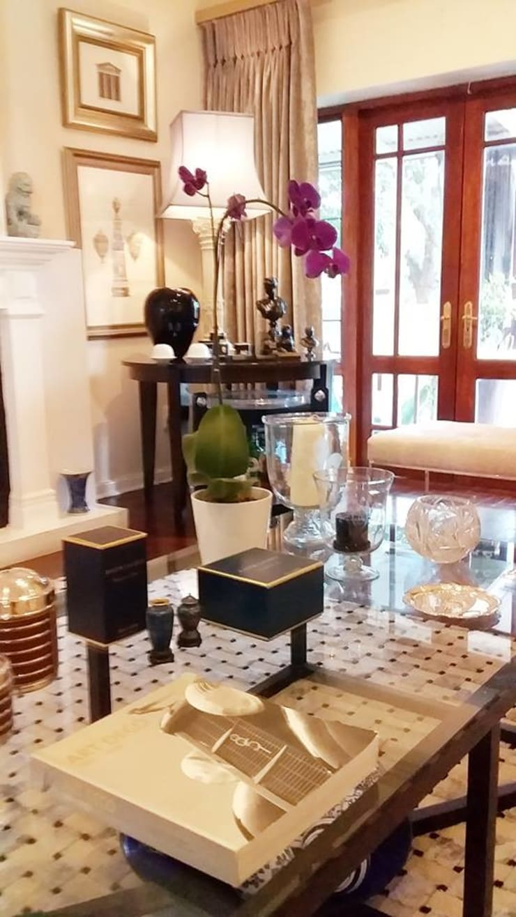 Effortless Suburban Elegance: eclectic  by CKW Lifestyle Associates PTY Ltd, Eclectic