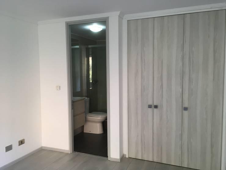 REMODELACION DE CLOSET:  de estilo  por R-Innovare / Diseño de interiores y Arquitectura / Santiago y Viña del mar