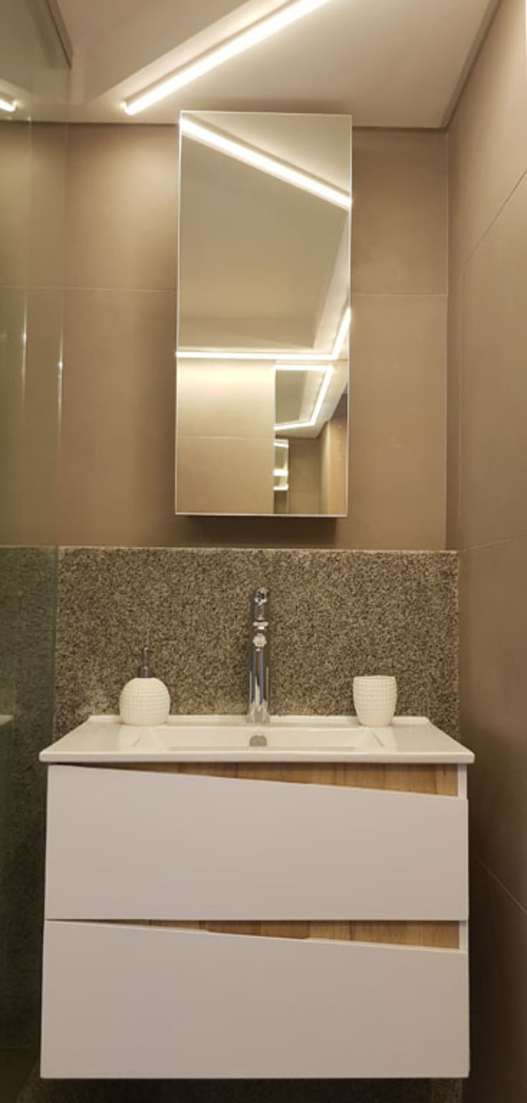 Bathroom Renovation:  Bathroom by Inline Spaces Pty Ltd