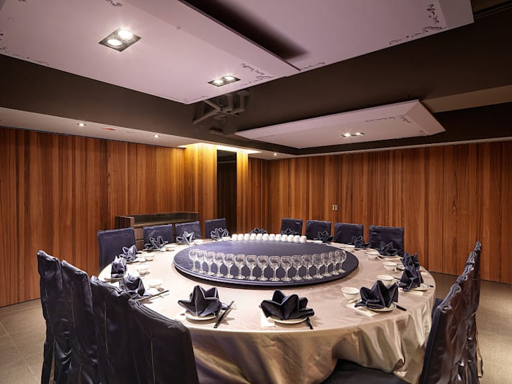 簡單~而不簡單的帶你吃個飯~桃園福宴會館:  餐廳 by 伊歐室內裝修設計有限公司