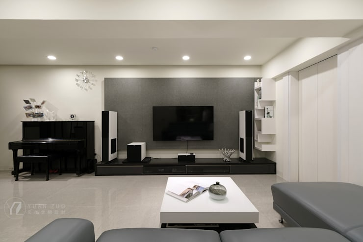 電視牆:  牆面 by 元作空間設計,
