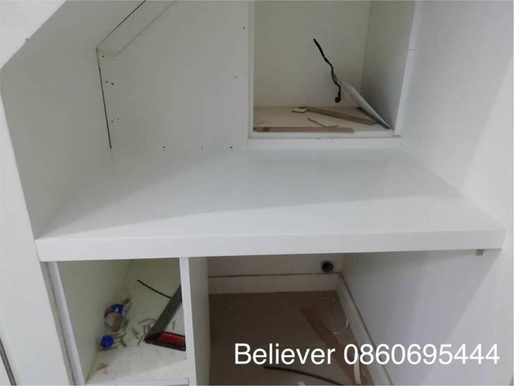 จำหน่ายและติดตั้ง หินสังเคราะห์ เกรดอะคิลิค100%:  ตกแต่งภายใน by Believer Productions Co., Ltd