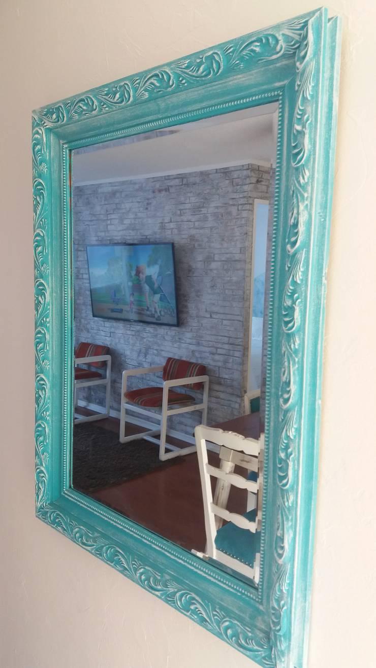 Restauracion de Espejo: Hogar de estilo  por ANGLOCOLORS