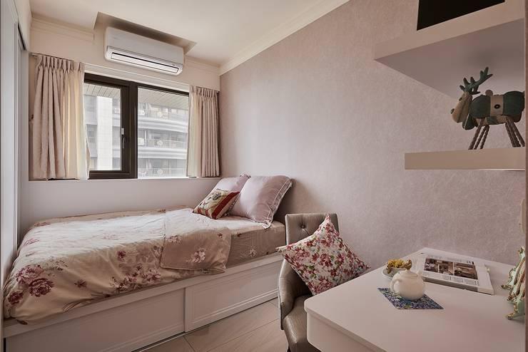 姐姐的房間:  女孩房 by 趙玲室內設計