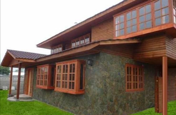 Restaurante la Doña: Bares y clubs de estilo  por Fercap Construcciones