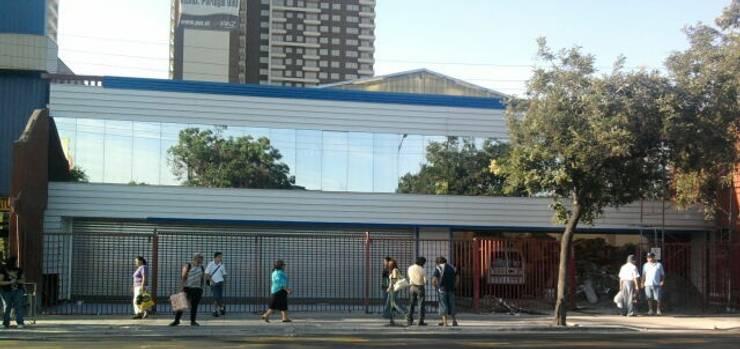 Rodanni Ltda: Centros Comerciales de estilo  por Fercap Construcciones