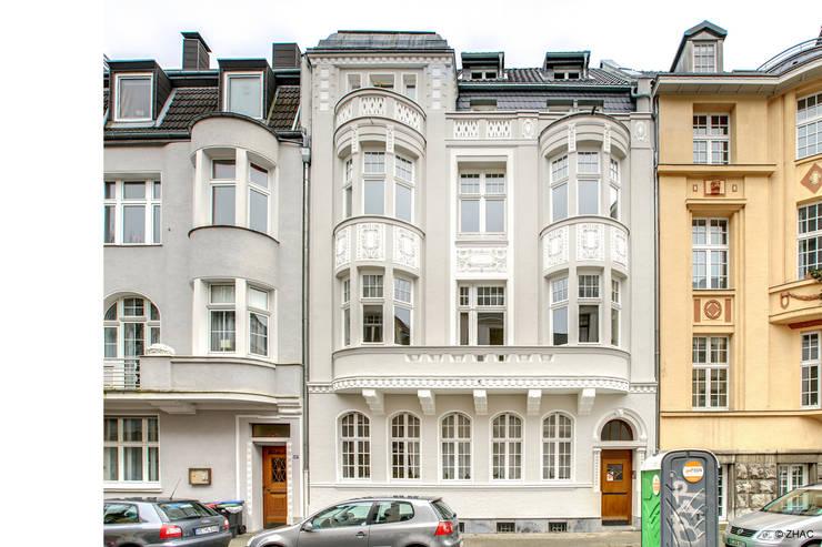 Gründerzeithaus A:  Mehrfamilienhaus von ZHAC / Zweering Helmus Architektur+Consulting