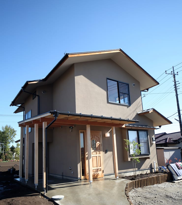 Houses by 株式会社高野設計工房, Asian