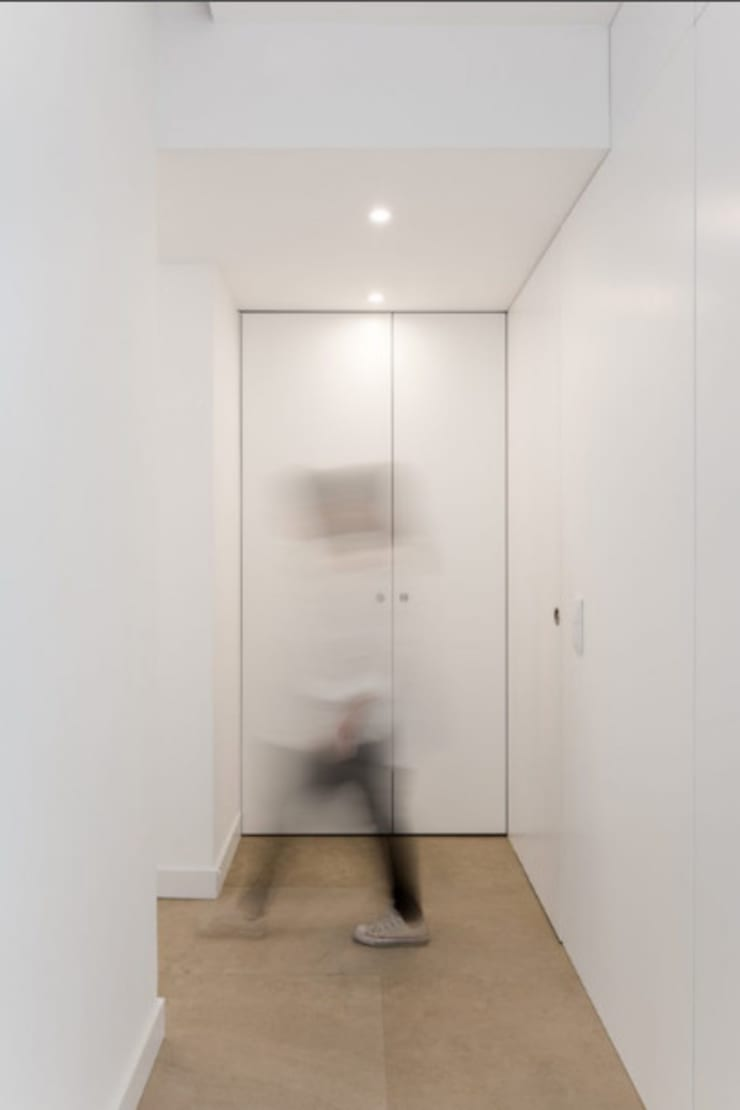 Closets de estilo  por Commerzn - Boutique Property Developer, Minimalista