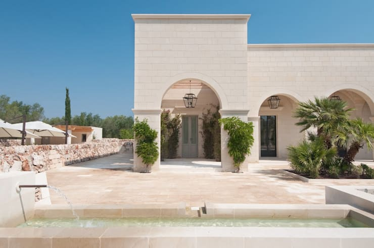 Houses by architetto stefano ghiretti, Eclectic