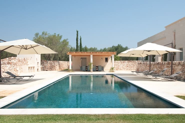 Pool by architetto stefano ghiretti, Eclectic