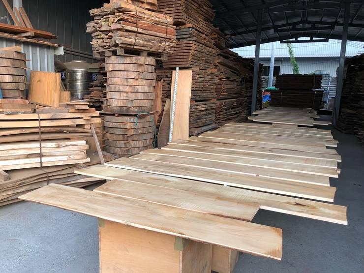 磨砂完成:   by 製材所 Woodfactorytc