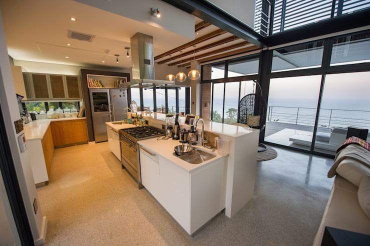 House on North Coast:  Kitchen by John Smillie Architects