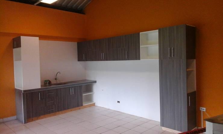 Kitchen units by ARDI Arquitectura y servicios, Modern Chipboard