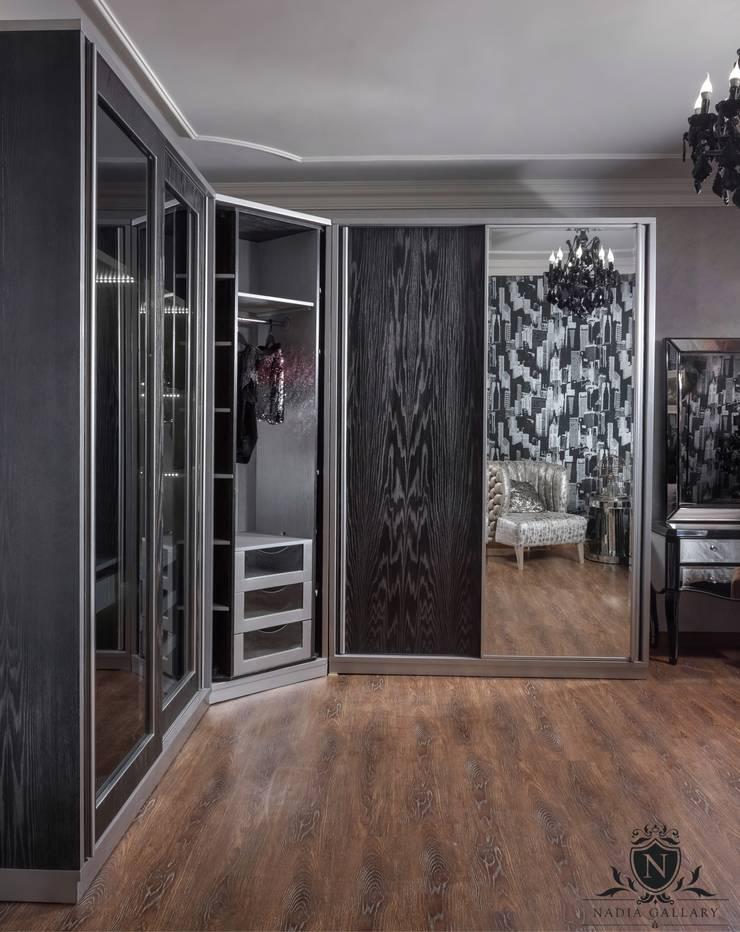 غرفة ملابس :  المنزل تنفيذ NADIA .Gallery