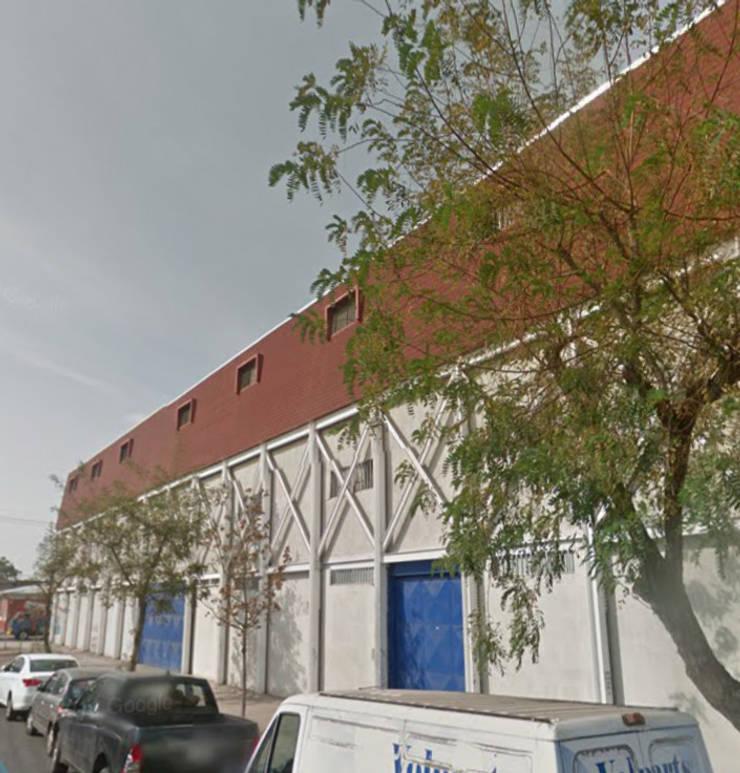Edificio Comercio Conferencia: Espacios comerciales de estilo  por Fercap Construcciones