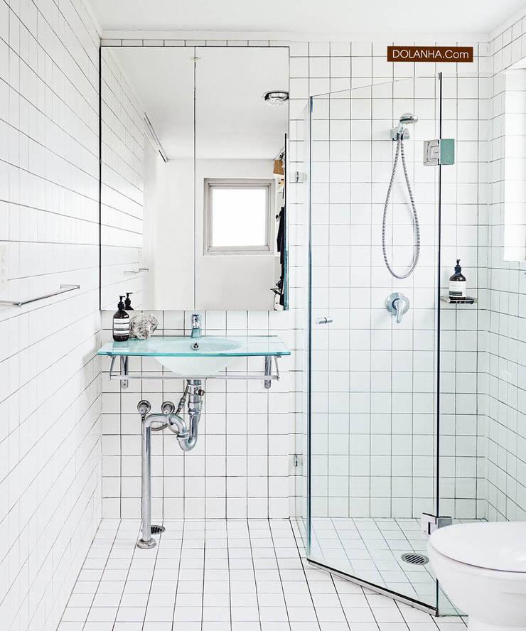 18 mẫu phòng tắm ĐẸP NHẤT 2019:  Phòng tắm by DOLANHA