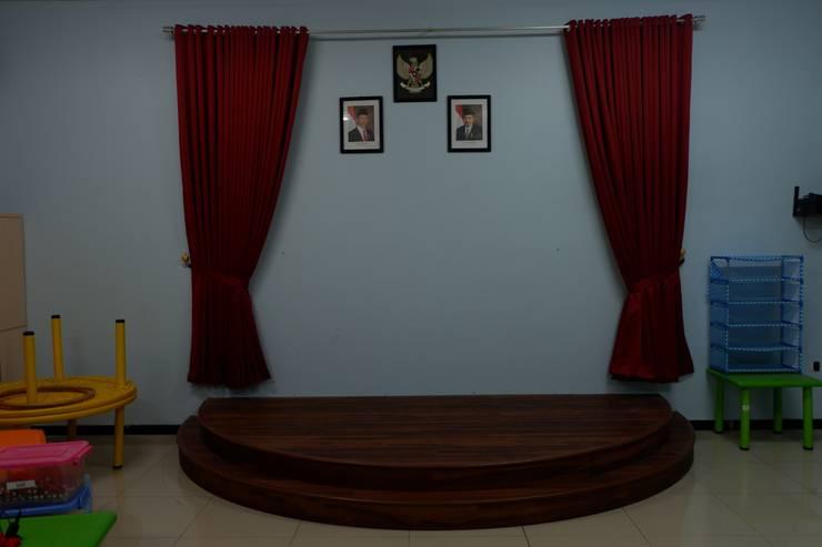 Panggung:  Sekolah by Tatami design