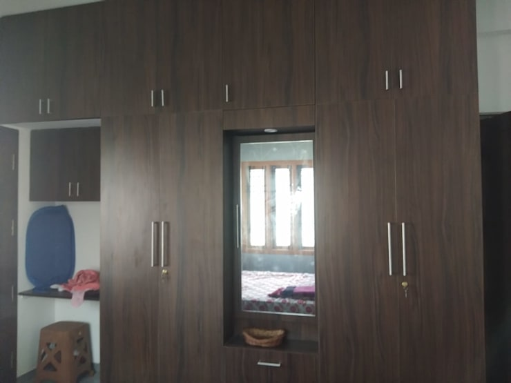 Residential Projects in Chennai:  Small bedroom by 72° N Design Studio Private Limited