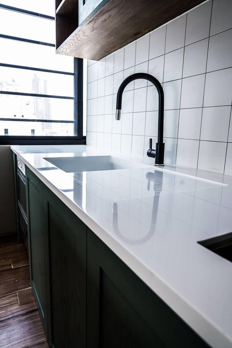 อ่างล้างหินสังเคราะห์:  ห้องครัว by Believer Productions Co., Ltd