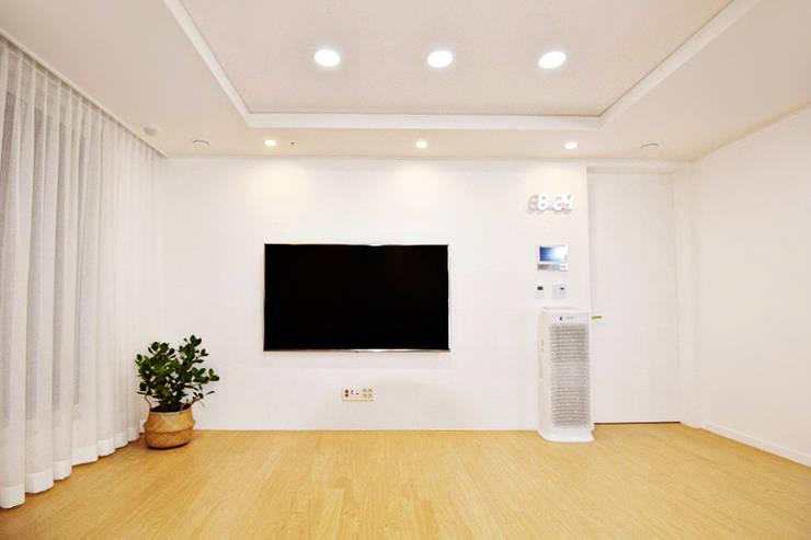 [동탄2신도시인테리어] 금호어울림레이크 아파트인테리어 (동탄인테리어/신도시인테리어/산본인테리어): 소호인테리어디자인의  거실