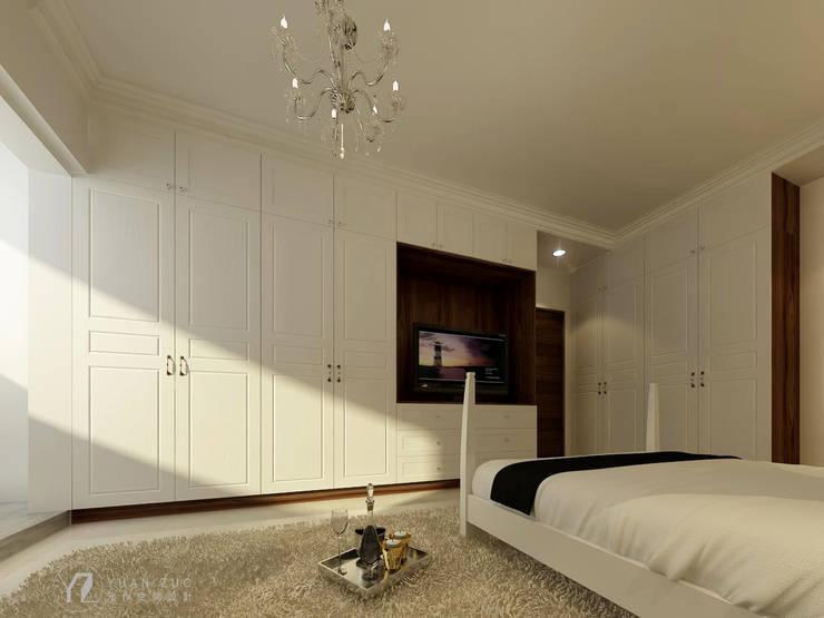 臥室櫥櫃+電視牆:  牆面 by 元作空間設計