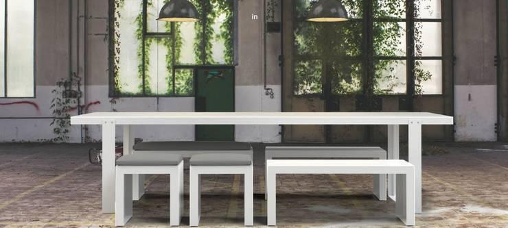 'PLACA' Design Tafel : modern  door PRODUCTLAB, Modern Aluminium / Zink