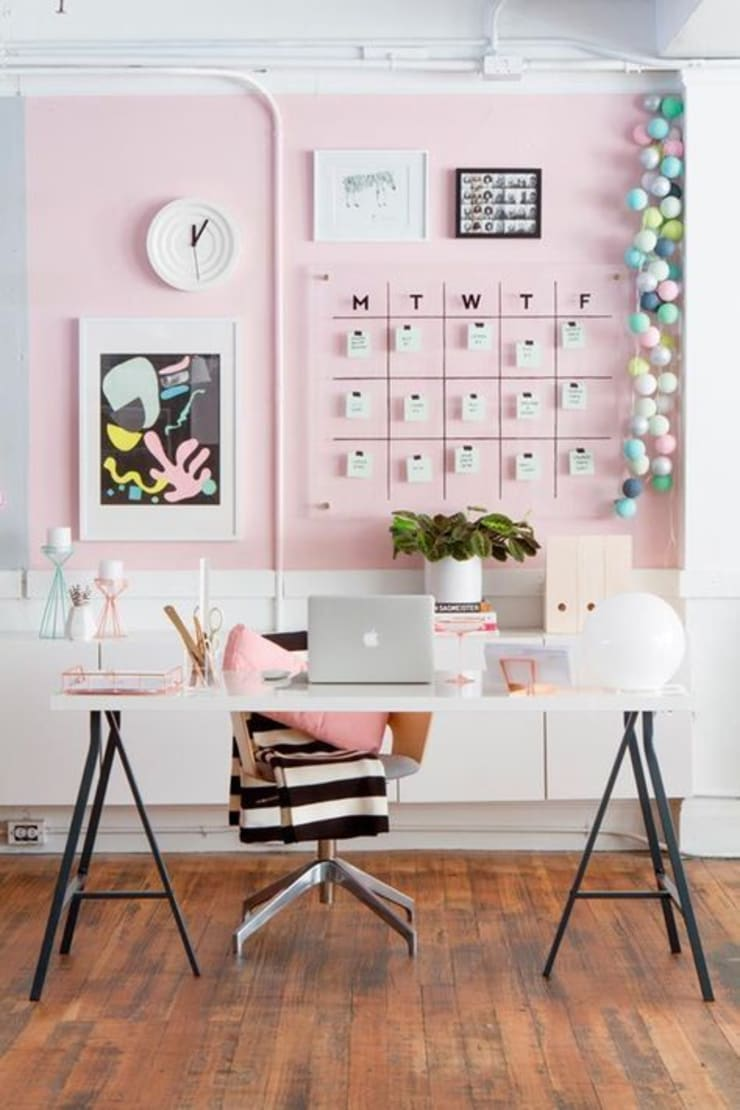 Offices Decor : Estudios y despachos de estilo  por Koresma Miraty - Homify