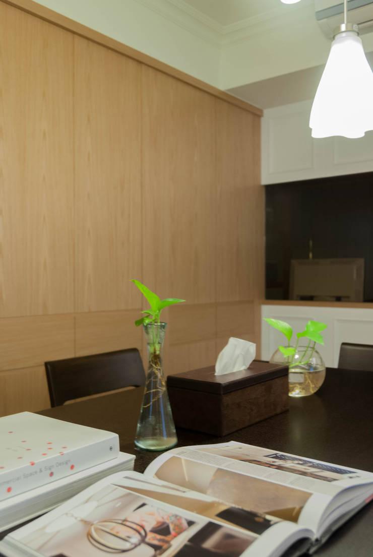 美式風格:  餐廳 by 大觀創境空間設計事務所