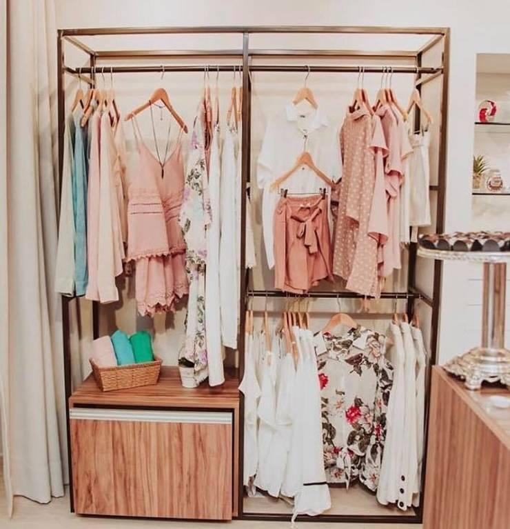 Loja multimarcas: Lojas e imóveis comerciais  por Aline Dinis Arquitetura de Interiores