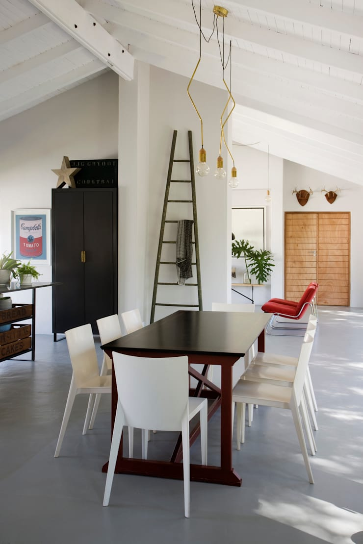 House Polaris:  Dining room by KA.Architecture+Design