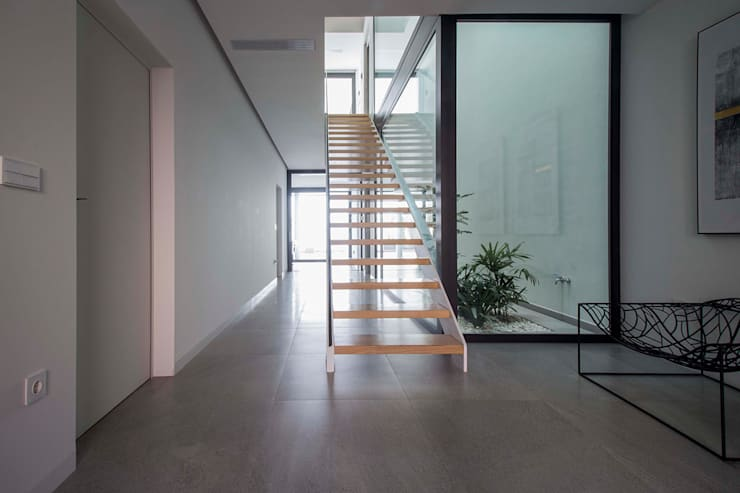Tangga oleh DonateCaballero Arquitectos, Minimalis